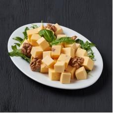 Ассорти твердых сыров